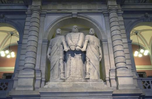 Parlamentsgebäude: Drei Eidgenossen